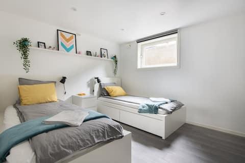 Newly renovated apartment near city centre!