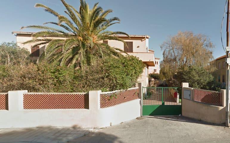 Ampio appartamento a La Maddalena - La Maddalena