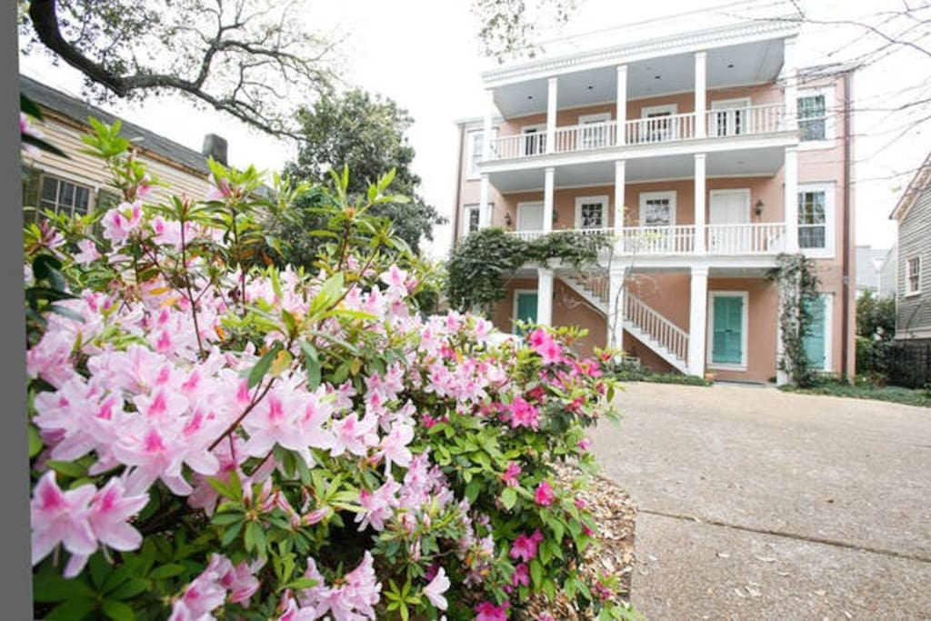 Beautiful garden district 5 bd gated parking houses for - Parking garden district new orleans ...