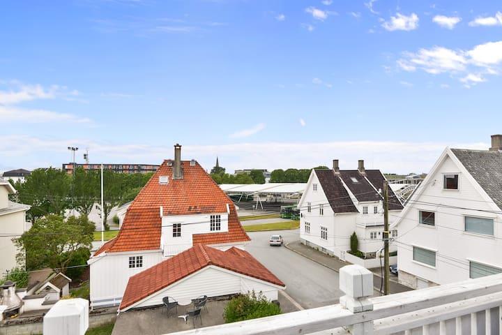 Sentral stor leilighet i haugesund - Haugesund - Apartament