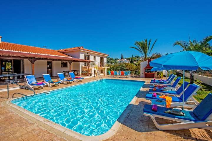 Peaceful Luxury Villa *DISCOUNTED FOR OCTOBER.