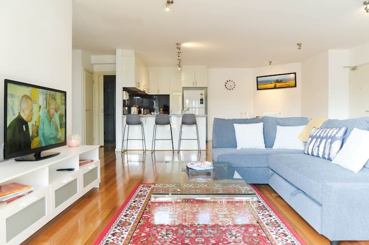Enjoy a Cosy Lifestyle near Flemington Racecourses