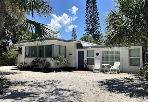Siesta Key Studio Cottage