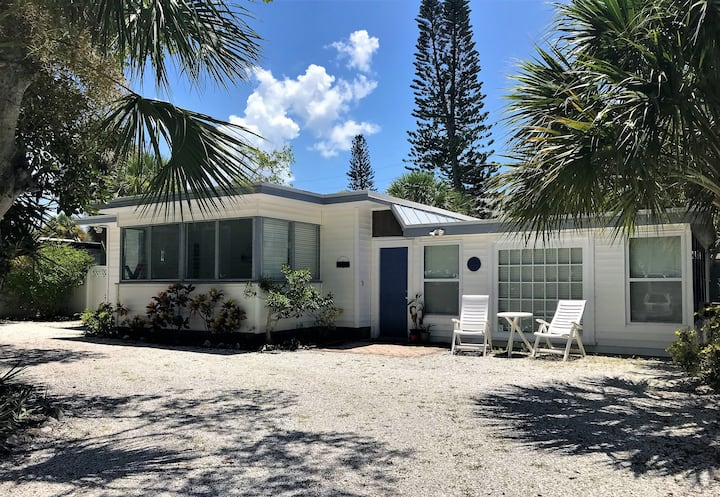Siesta Key Studio Cottage