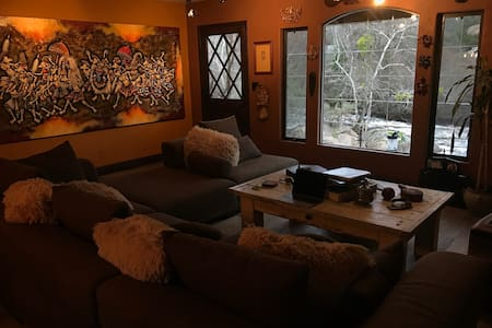 Luxury Riverfront Cabin - REYIUM - Three Rivers - Cabin
