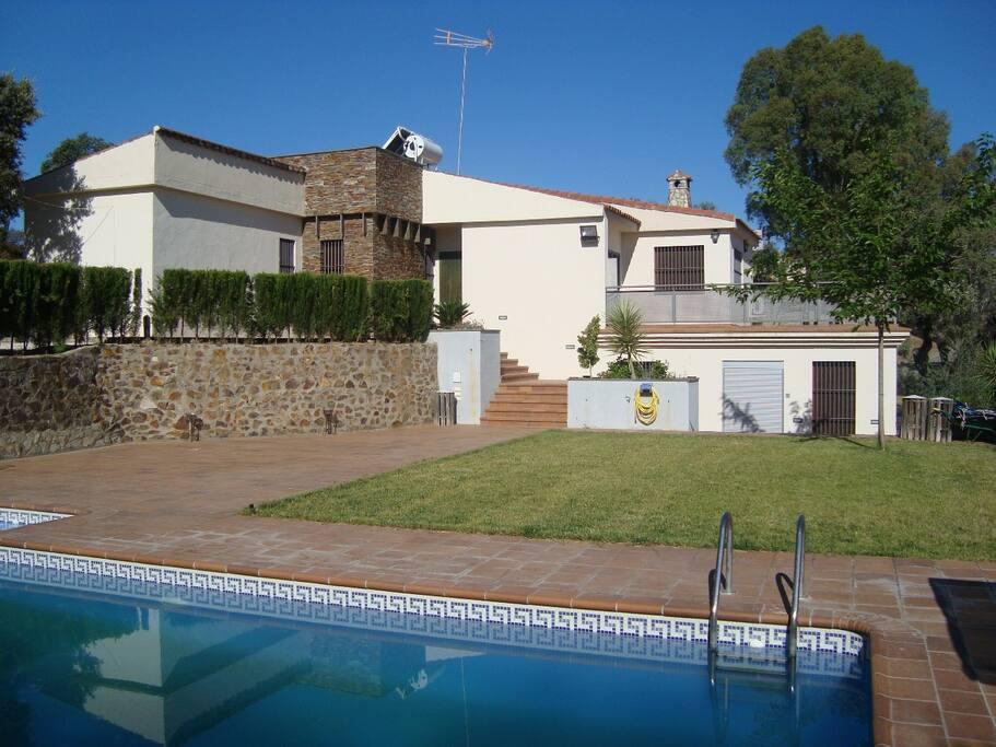 Villa sierra de las cruces casas rurales en alquiler en for Alquiler de casas en la juliana sevilla