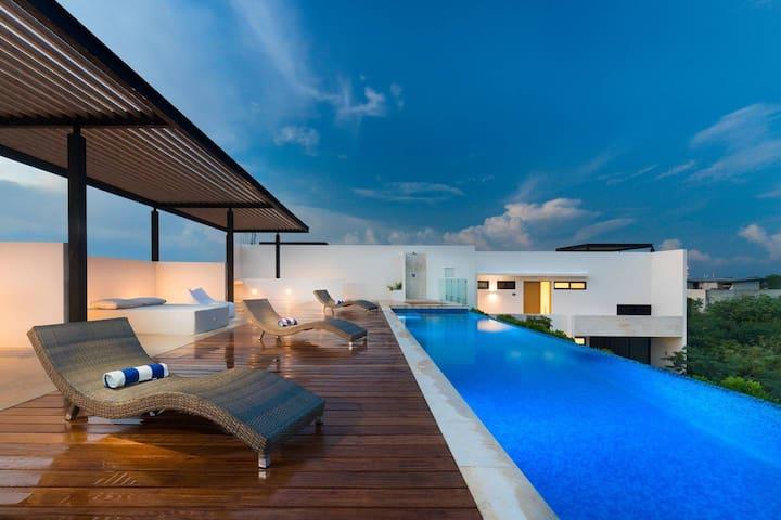 Studio * Infinity pool * Terraces