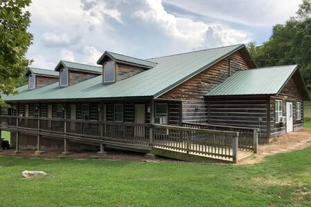 Meadows Lodge Room 1