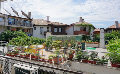Confortabil Old Nessebar Garden View Room 20m to Sea 1