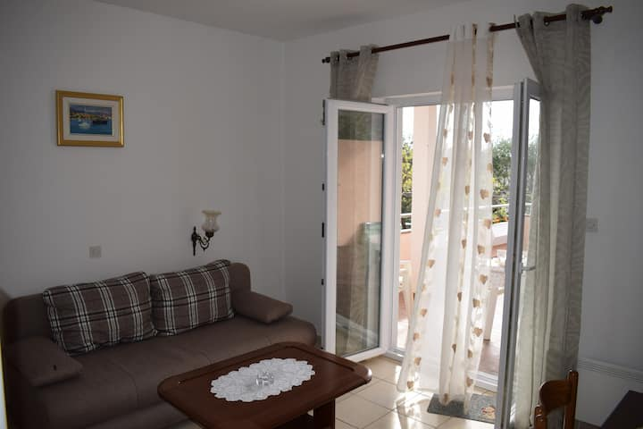 Two bedroom Apartment with terrace (A1)
