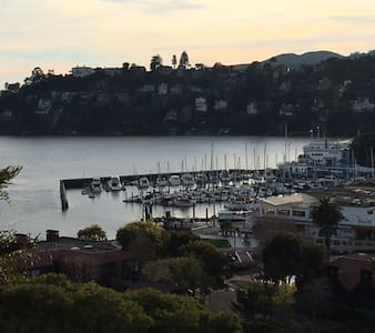 PRIVATE SELF CONTAINED STUDIO W/VIEW - Belvedere Tiburon - Gästhus