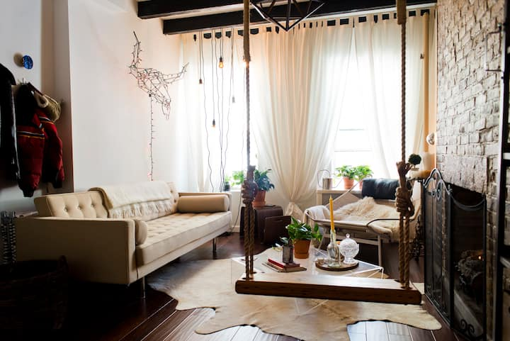 2 BR Designer's Apt in Heart of NYC