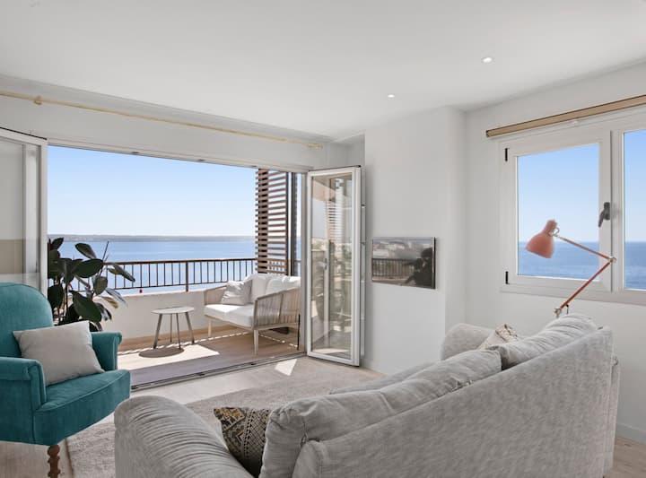 Casa del Escultor , aire acondicionado, wifi, parking, en primera línea de mar