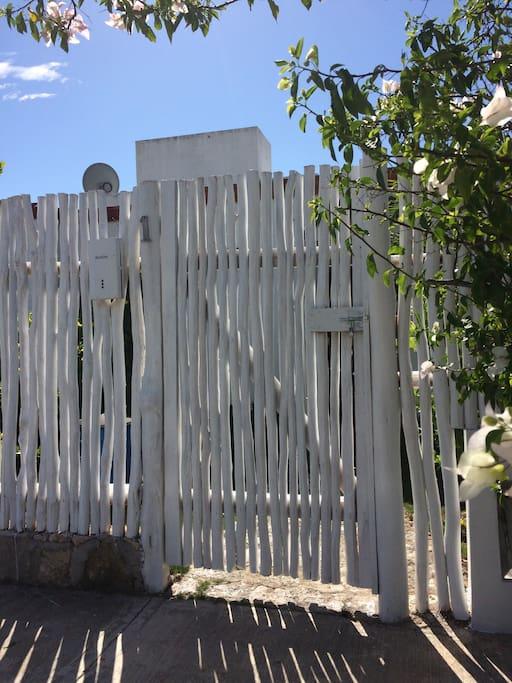 external gate