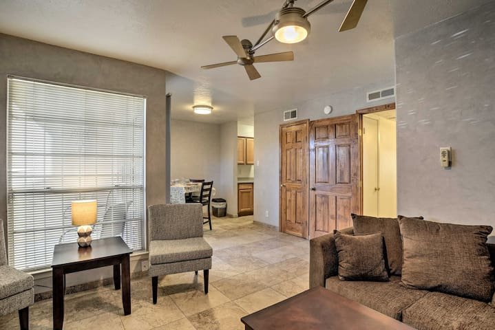 NEW! Cozy Albuquerque Condo - 4 Miles to Uptown!