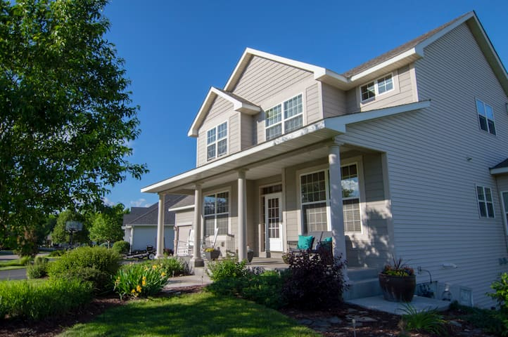 Beautiful Chaska Home - Chaska - Apartamento