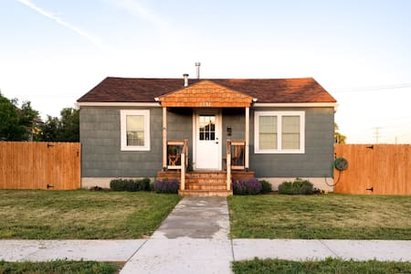 Kansas Cottage, Home Away From Home