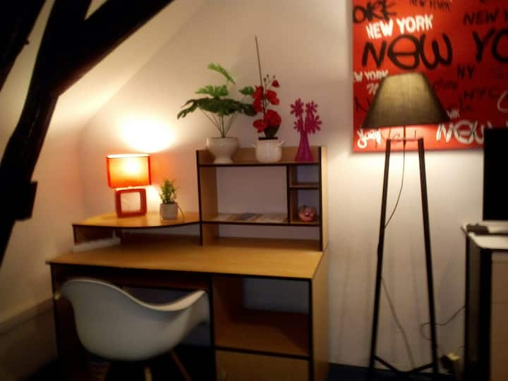 2 pers joli studio confortable très petit prix