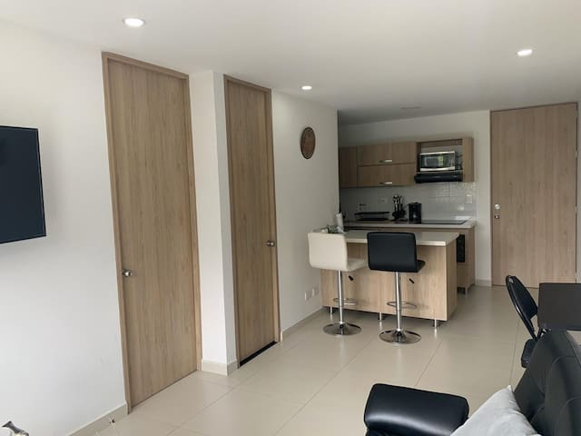 STUNNING APARTMEN, EVERYTHING NEW!Poblado-Medellin