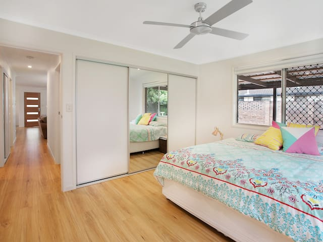 Nicely renovated house close to Maroochy River