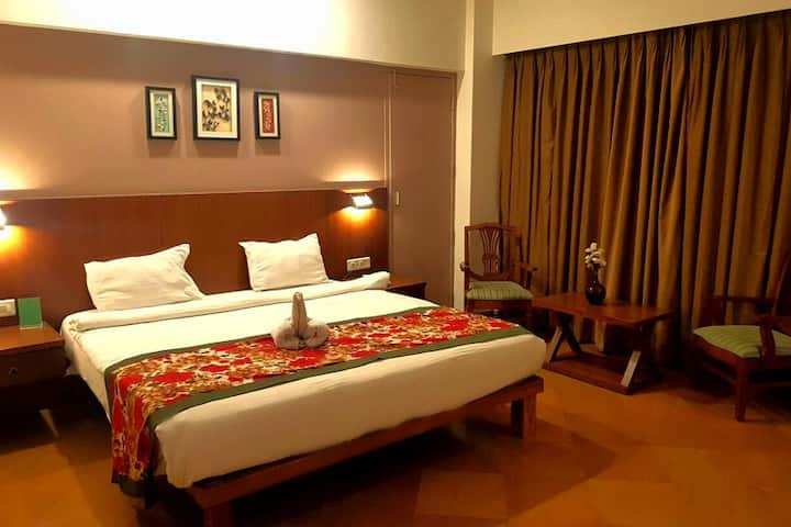 Business with pleasure stay in prime Kolhapur