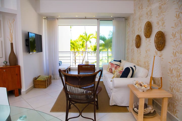 Beach front paradise apartment