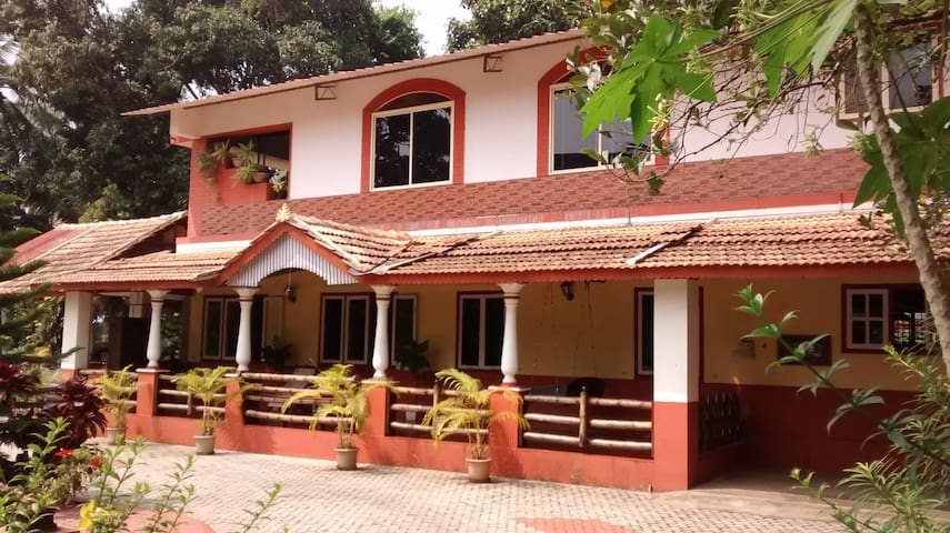"""Kuteera"" A Tiled Mangalorean Home Near Beach"