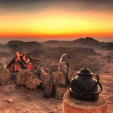 Mingle with the stars ~ Petra Bedouin House