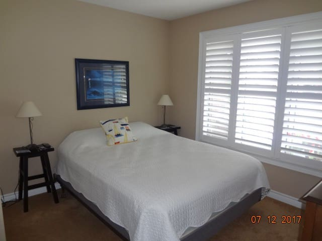 PORT DOVER ROOM FOR RENT with private bath