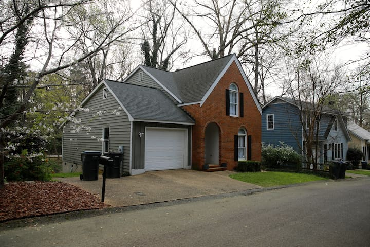 Newly Listed Augusta Retreat