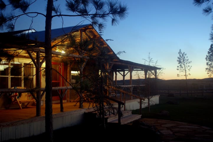 Luxurious Retreat In The Wichita Mountains