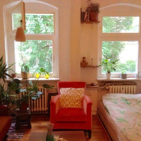 Charming and cozy studio in Berlin city center !