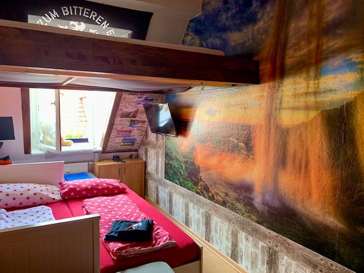 Kreatives Island Zimmer im Szeneviertel Dresden