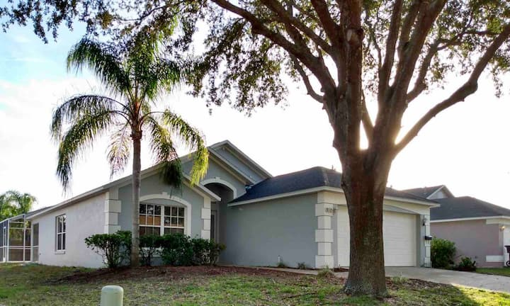 House w/ pool minutes from Disney & theme parks