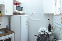 Cozinha completa (full kitchen)