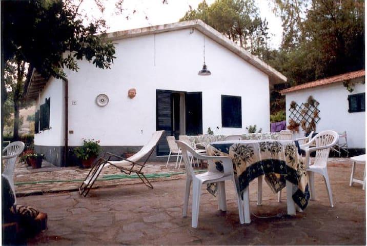 Casa di campagna per6 persone,splendida vista mare - Porto Azzurro - House