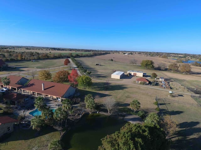 Rockin' star ranch. 150 acres to explore and enjoy