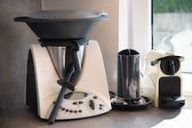 TM31 und Nespresso-Kaffeemaschine