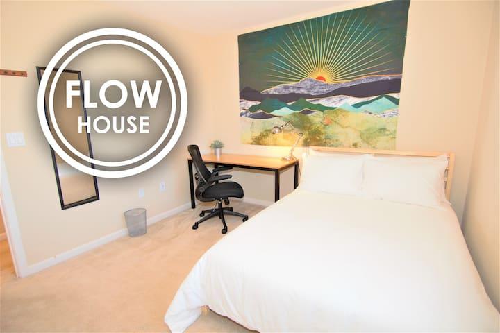 FLOW HOUSE | Sunshine Room