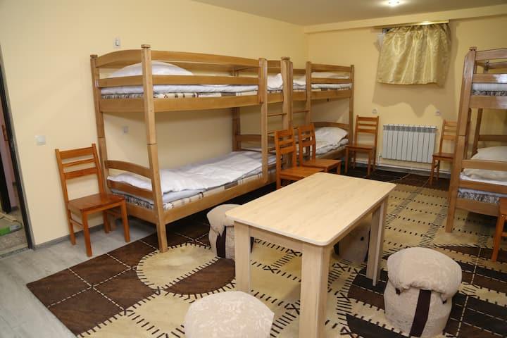 6-местная комната