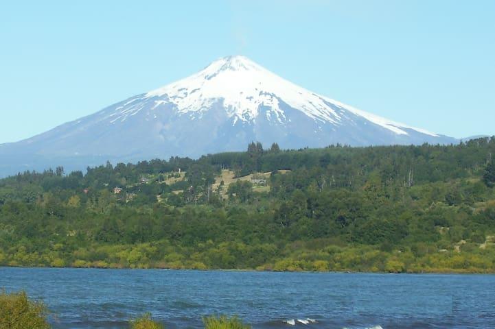 Volcán y lago Villarrica