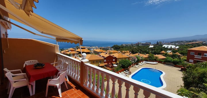 Relax in Puerto de la Cruz with fantastic seaviews