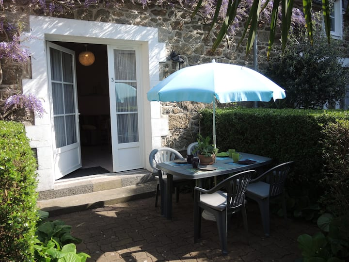 Apartment** terrace, Dinard center, beach 250m
