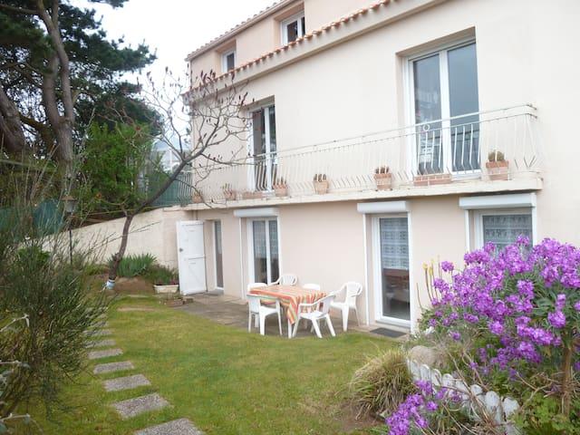Appartement Limite les Sables d'Olonne 2 à 6 pers - Le Château-d'Olonne - Lejlighed