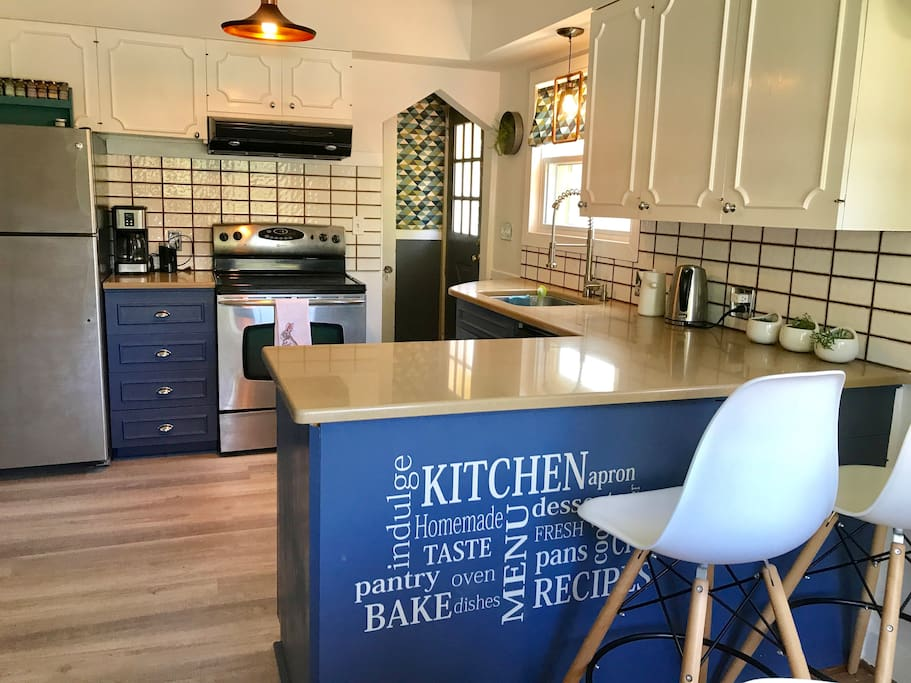 Open kitchen with nice set for bringing your chef mode!