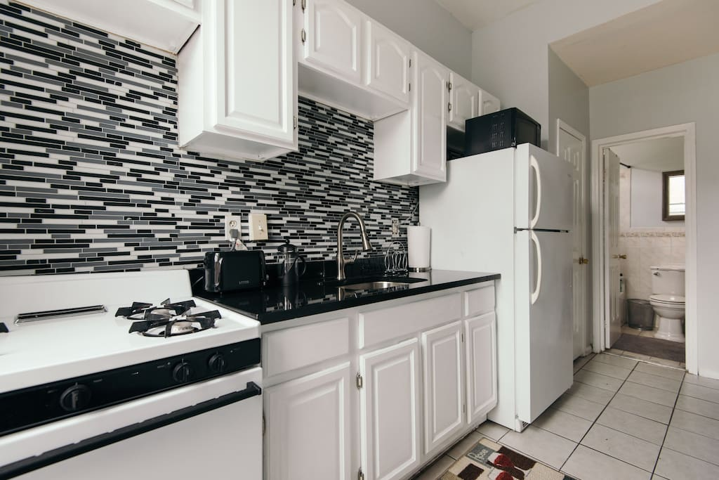 Large 1000 sq ft 3br w 1 5 baths apartments for rent in brooklyn new york united states for 2 bedroom apartments in brooklyn for 1000
