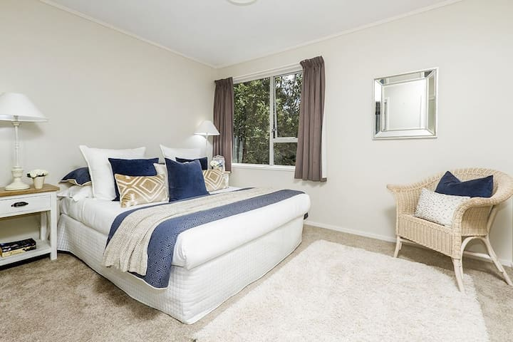 Sunny Torbay 3 bedroom house, perfect getaway! - Auckland - Haus