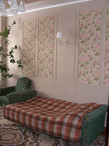 2-х комнатная квартира рядом с городским парком - Kirovsk - Huoneisto