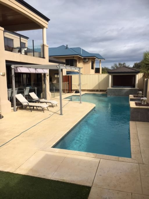 Sparkling Pool and Spa