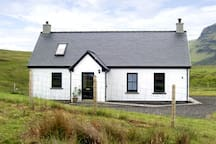 RIDGE END COTTAGE, family friendly in Conista, Ref 3578